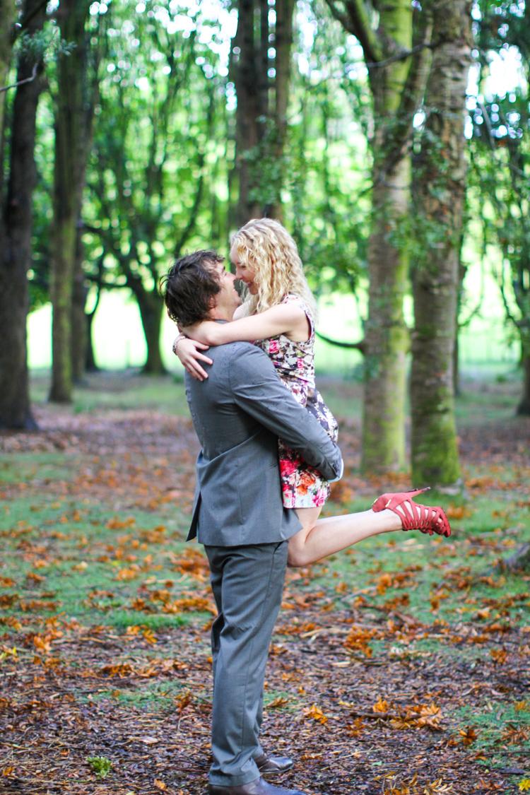 wedding_photographer_cornwall_park_engagement-36